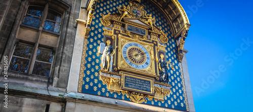 Paris / Horloge du palais de la Cité (La Conciergerie)