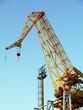Leinwanddruck Bild - Grúa para reparar embarcaciones en la bahía de cádiz capital, andalucia. España. Europa