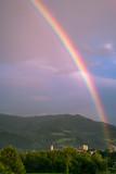 Fototapeta Tęcza - Wunderschöner Regenbogen über der Stadt © Patrick Neves