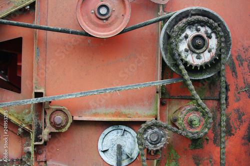Old metal engine mechanism