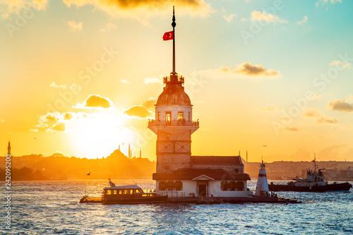 Leinwandbild Motiv Maiden's tower - Istanbul, Turkey