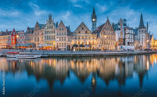 Leinwanddruck Bild Twilight panorama of Ghent, Flanders, Belgium