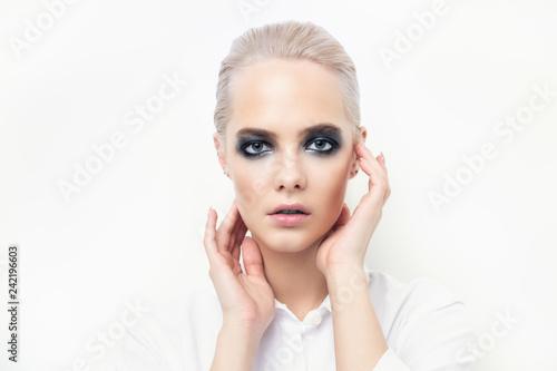 Leinwanddruck Bild female model with dark make-up
