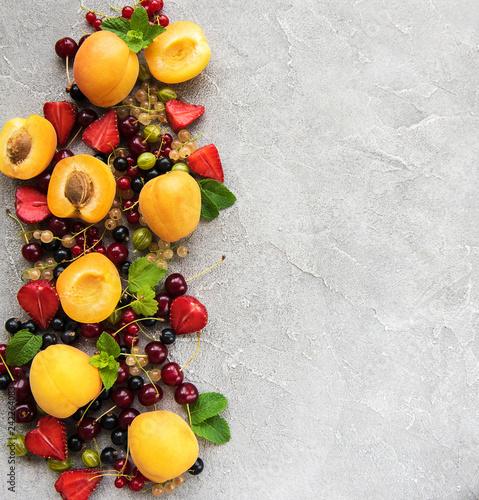 Foto Murales Fresh summer fruits