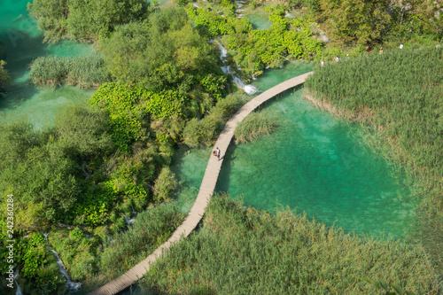 Lagos color turquesa en el  Parque Nacional Plitvice. Croacia