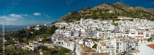 mata magnetyczna Panoramic view of Mijas village in Malaga province, Spain