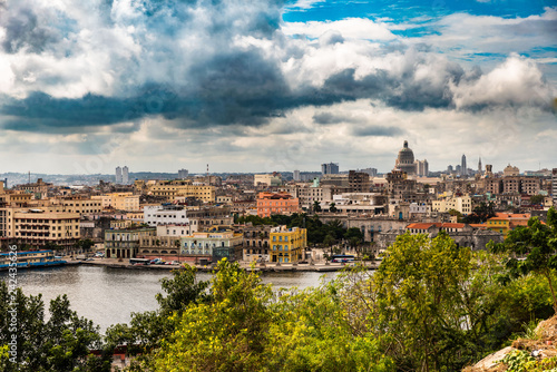 Leinwanddruck Bild Blick auf Havanna Centro Kuba