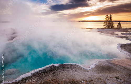 Yellowstone - 242455497