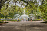Fototapeta Sawanna - Fountain at the Forsyth Park in Savannah, GA © susanne2688