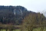 Totenstein von Veilbronn aus gesehen