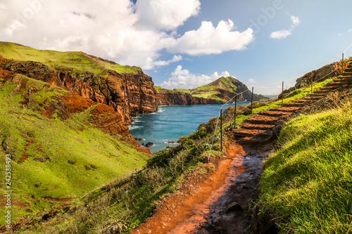 Leinwanddruck Bild Wanderweg auf Madeira