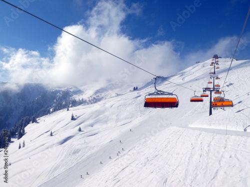 Skifahren in Saalbach Hinterglemm Leogang - 242539240