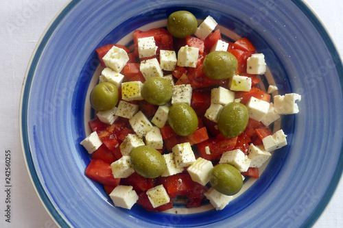 Leinwanddruck Bild Tomaten Schafskäse Salat