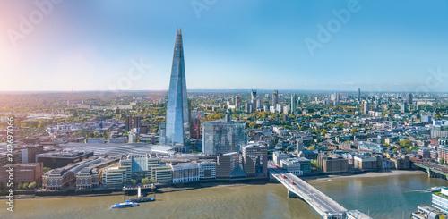 Leinwanddruck Bild modern office buildings skyscraper in London city skyline