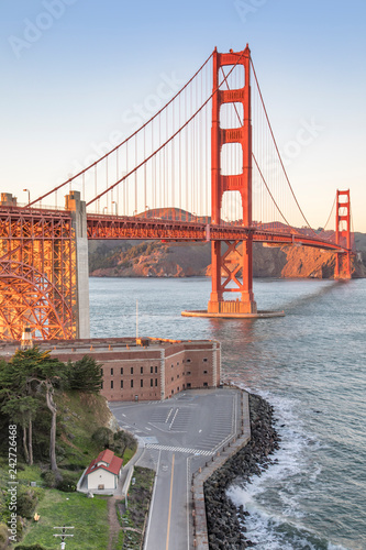 Wall mural The Golden Gate Bridge in San Francisco