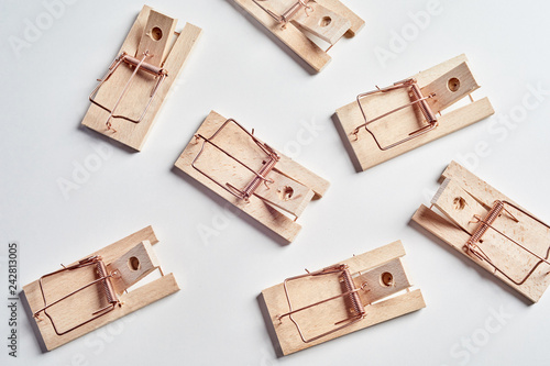 Many cocked empty mousetraps from above