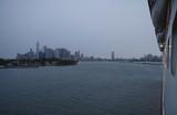 Blick auf New Yorker Skyline von Ozeanliner - 242887614