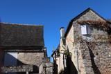 Nouvelle-Aquitaine - Limousin - Corrèze - Turenne - Maisons typiques en pierres grises - 243015483