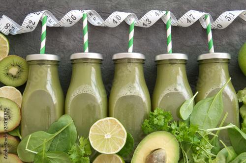 Foto Murales Green vegetable smoothies