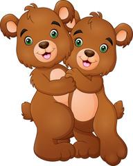 Cartoon bear couple hugging © idesign2000