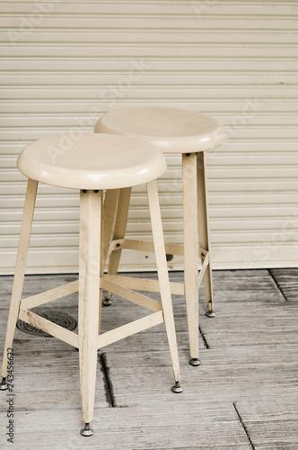 レトロな丸椅子