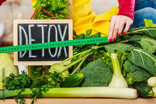 Foto Murales Green diet vegetables, detox sign