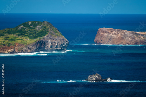 Group of islands in the Pacific Ocean near the island of Oahu, Hawaii