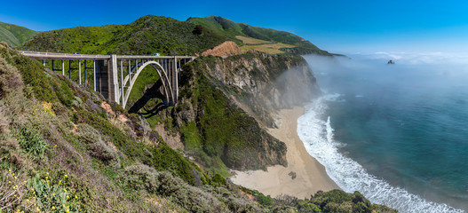Pacific Coast Highway (Highway 1), Big Sur, California © hajdar