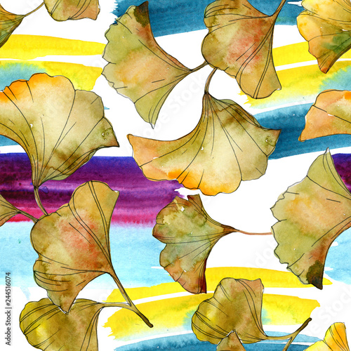 Leinwandbild Motiv Yellow green ginkgo biloba leaf. Watercolor background illustration set. Seamless background pattern.