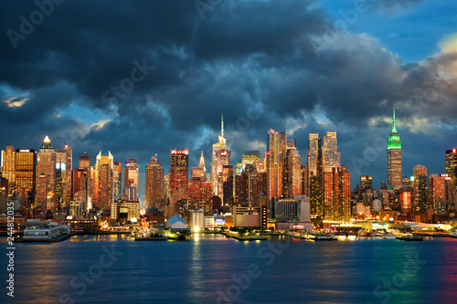 New York City Midtown Manhattan skyline at dusk over Hudson River
