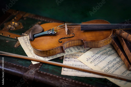 Still life composition with music notes and violin	 - 244838830