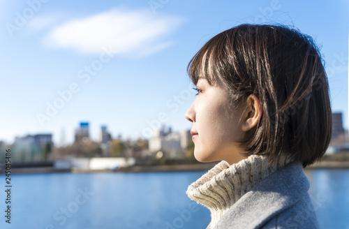 fototapeta na ścianę 東京 女性 隅田川 青空 横顔