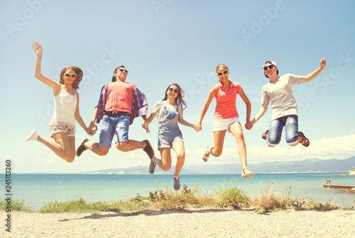 Leinwandbild Motiv jumping people