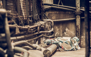 Messy side alley in hong kong © Juhku