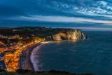 Fototapeta Fototapety z morzem - Etretat falaises feu d'artifice © nicbarthel