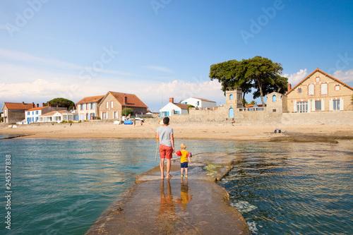 Noirmoutier > Village du Vieil > Plage > Vendée - 245377838