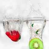 frutas al agua(kiwi  y fresa)