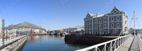 Kapstadt Hafen - 245915258