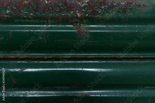 Textur Metall dunkel alter Benzinkanister - 245969629
