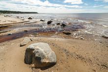 """Постер, картина, фотообои """"Beautiful northern seascape with large boulders. White sea."""""""