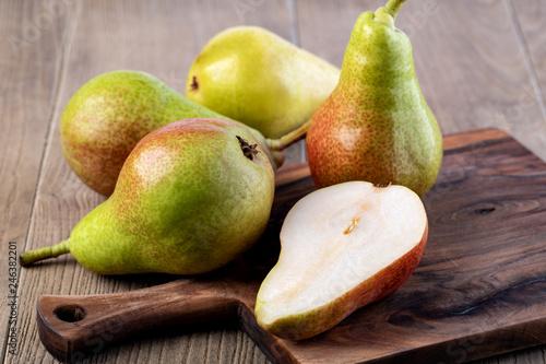Pears - 246382201