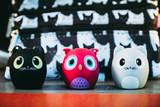 Petits jouets en plastique en forme d'animaux rigolos