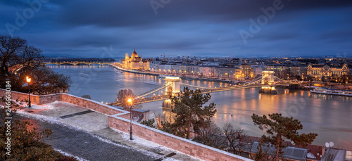 View on the Chain Bridge and the Hungarian Parliament in winter