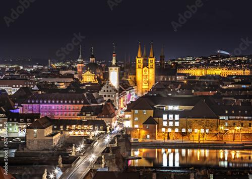 fototapeta na ścianę Wuezburg town by night