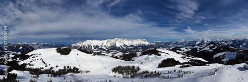 Leinwanddruck Bild Panorama des wilden Kaiser in Österreich