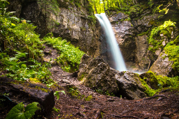 Wasserfall 1 © Aron