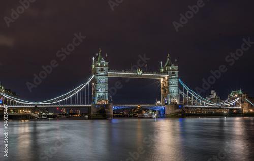 fototapeta na ścianę Tower Bridge bei Nacht
