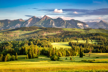 Belianske mountains in summer at sunset, Poland © shaiith