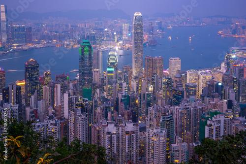 mata magnetyczna Hong Kong city skyline day to night
