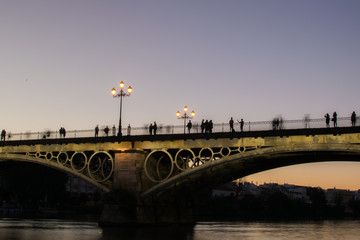 Puente de Triana © glizondo